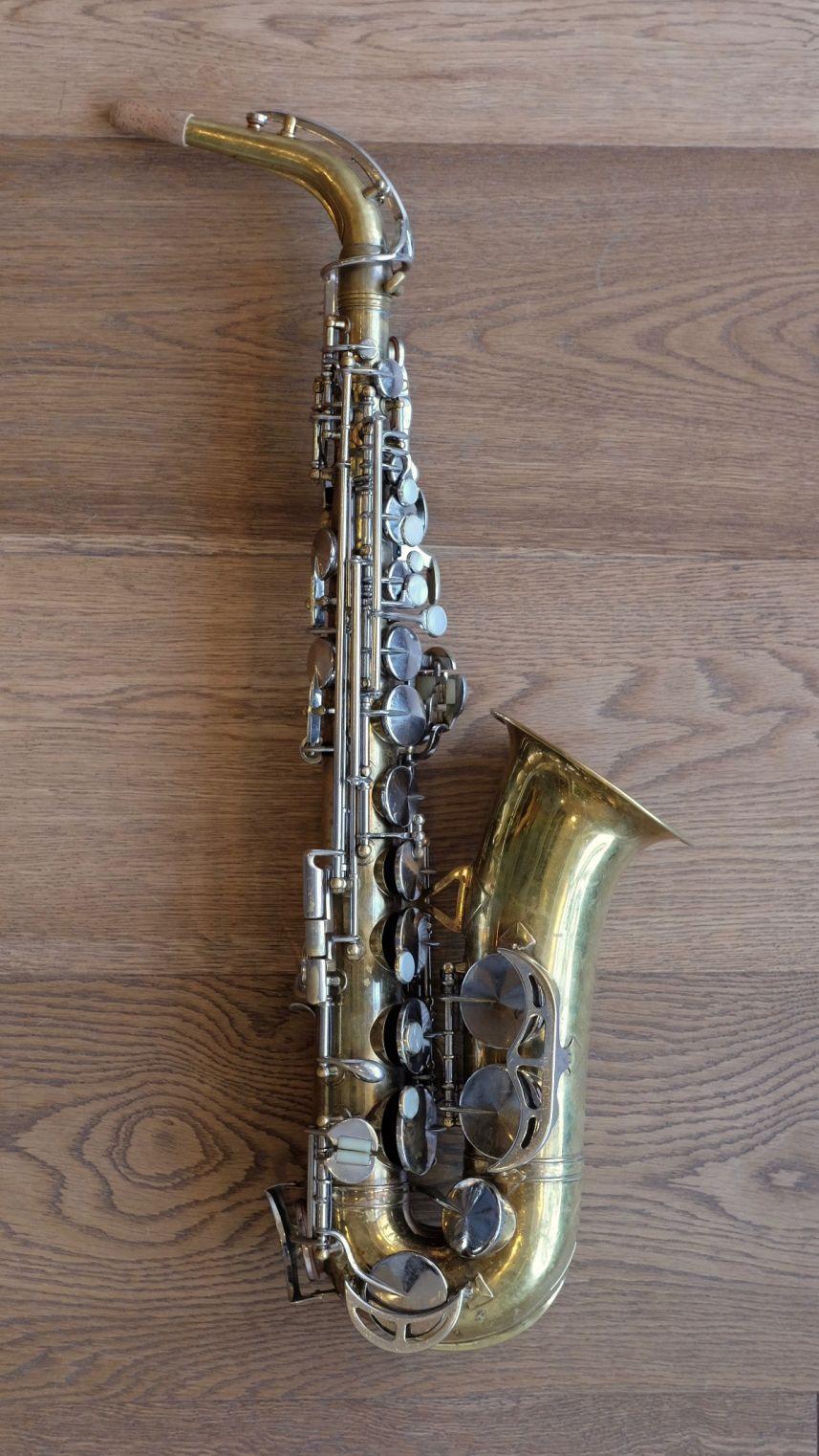 (Used) King Zephyr Series II alto sax circa 1960